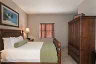 Executive Queen Residence Suite