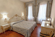Classic Double Room with Campo View