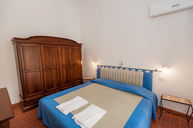 Classic Two Rooms Apartment (Casa Ginepro Residence)