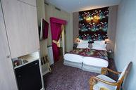 Classique Twin Garden Room