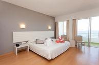 Familiar Room or Suite