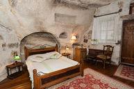 Family Cave Junior Suite
