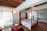 Fiordaliso Room