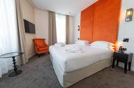 Comtesse Room
