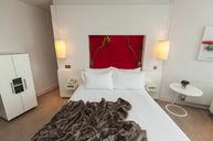 Contemporary Queen Room
