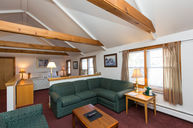 Deluxe Country Lodge Suite