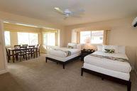 Deluxe Oceanfront Cottage Room