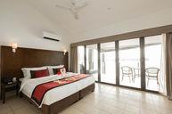 Deluxe Oceanview Apartment - Tri Level Penthouse