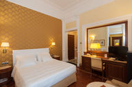 Deluxe Room (Gold Decor)