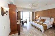 Grande Room
