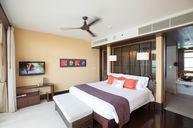 Grand Mirage Suite