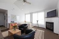 Grand Panorama Corner Suite