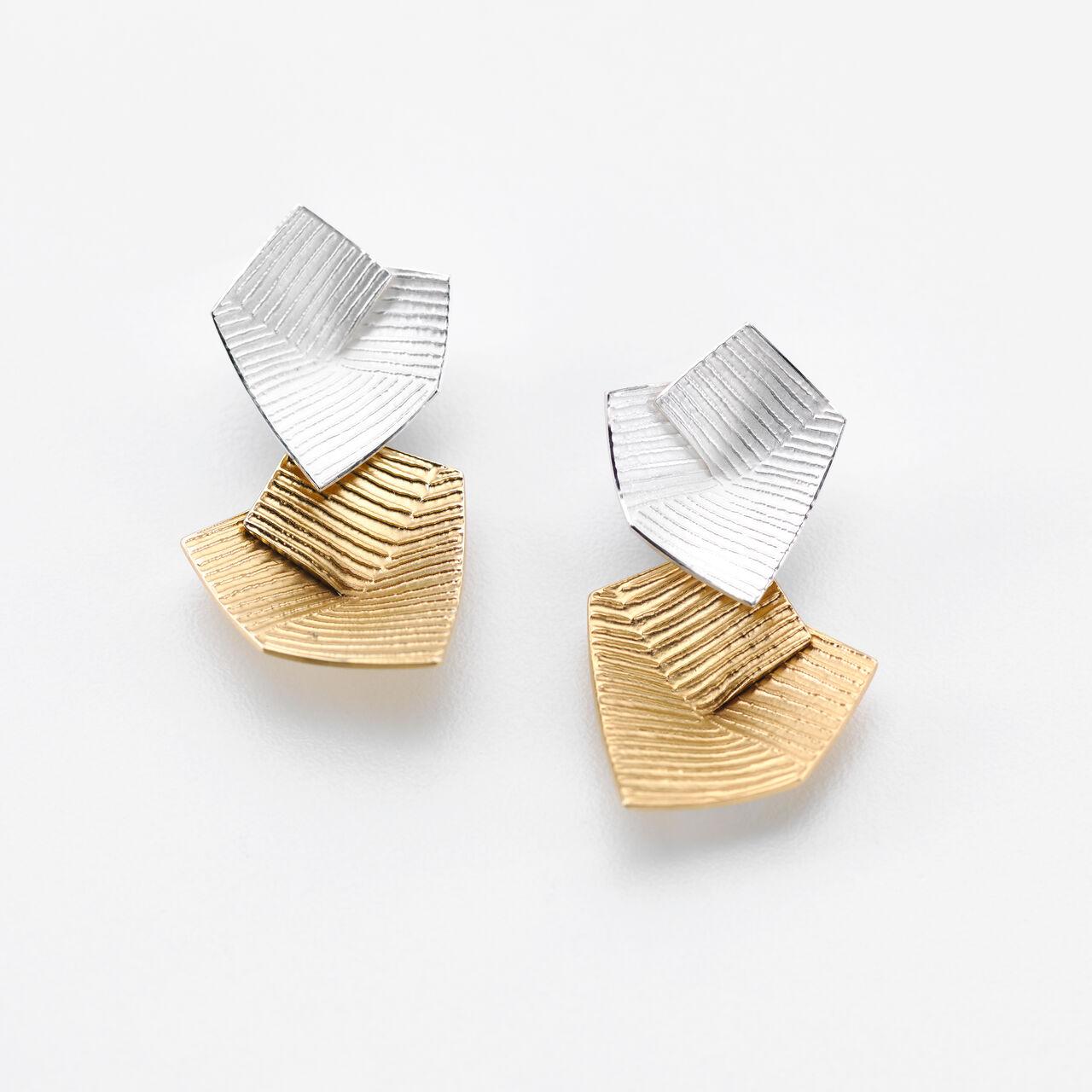Karolina Baines jewellery