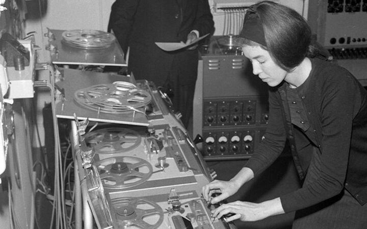 British composer and mathematician Delia Derbyshire