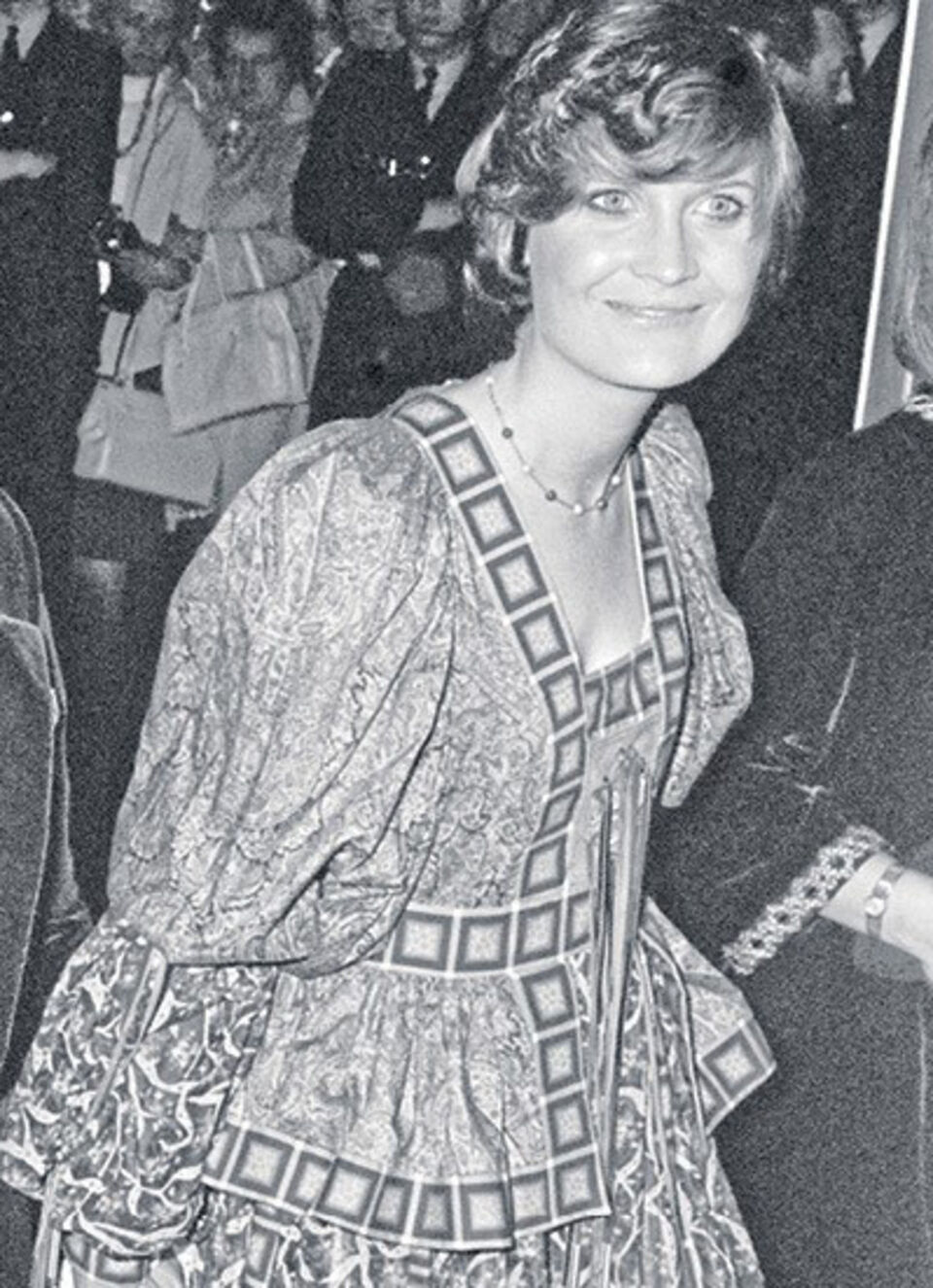 Archive image of Sandie Shaw wearing the Tana dress at the London Palladium in 1972