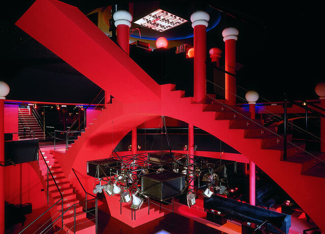 Red and blue interior of Discotheque Flash Back