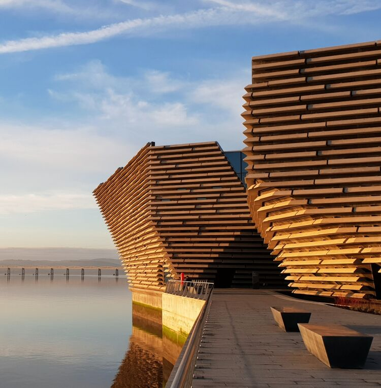 V&A Dundee on the edge of the river Tay in the sunrise.