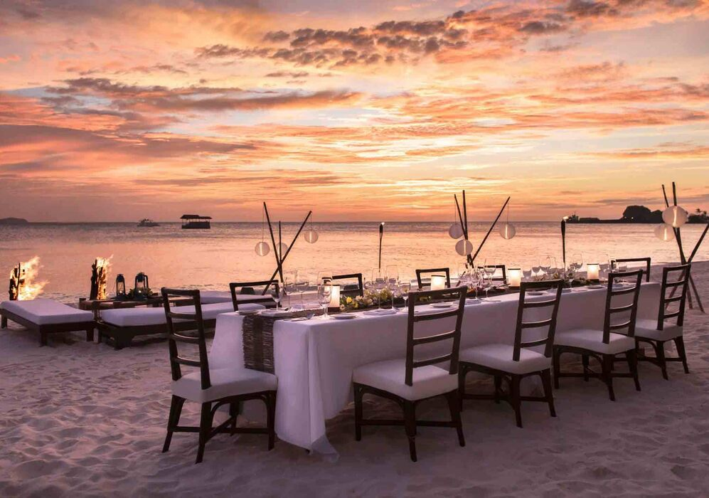 Beachfront Dining at Amanpulo