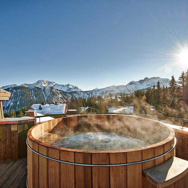L'Apogee Penthouse Hot Tub
