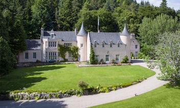 Estates & Castles