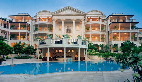Villa Resort Exterior