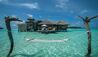 Gili Lankanfushi : Crusoe Residence Exterior with hammock