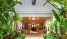 The Ocean Club, A Four Seasons Resort Bahamas : Bartolini Statue