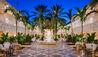 The Ocean Club, A Four Seasons Resort Bahamas : Hartford Wing Courtyard
