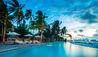 COMO Maalifushi : Swimming Pool
