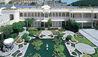 Taj Lake Palace : Lilypond And Palace Exterior
