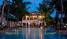 Taj Malabar Spa & Resorts : Evening Pool Exterior