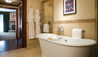 Four Seasons Resort and Residences Vail : Bathroom of Village and Garden View Room