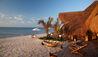 Azura Benguerra Island : Beach