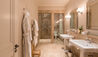 Leeu Estates : Classic Room Bathroom