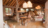 Madikwe Hills Private Game Lodge : Bar and Lounge