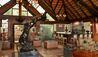 Mateya Safari Lodge : Lounge And Bar
