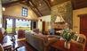 Blanket Bay : Chalet Stateroom Lounge