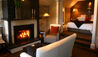 Eichardt's Private Hotel : Suite Fireplace