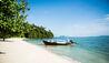 COMO Point Yamu : Dhoni Boat On COMO Point Yamu Beach