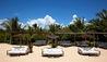 Uxua Casa Hotel : Luxury Sun Bench On The Beach