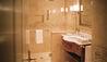 Monasterio, A Belmond Hotel, Cusco : Deluxe Room Bathroom