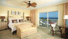 The Kahala Hotel & Resort : Ocean Front Lanai King Room