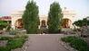 Cavas Wine Lodge : Property Exterior