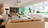 Godings Beach House : Living Area