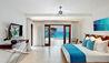Portico 1 : Master Bedroom