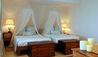 The Beach House : Twin Bedroom