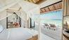 COMO Maalifushi : Maalifushi Water Villa Master Bedroom