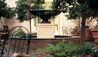 The Alluvian : Courtyard