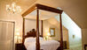 Dunleith Historic Inn : Four Poster Bed