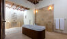 La Casa Estate House at Jumby Bay Island : Bathroom
